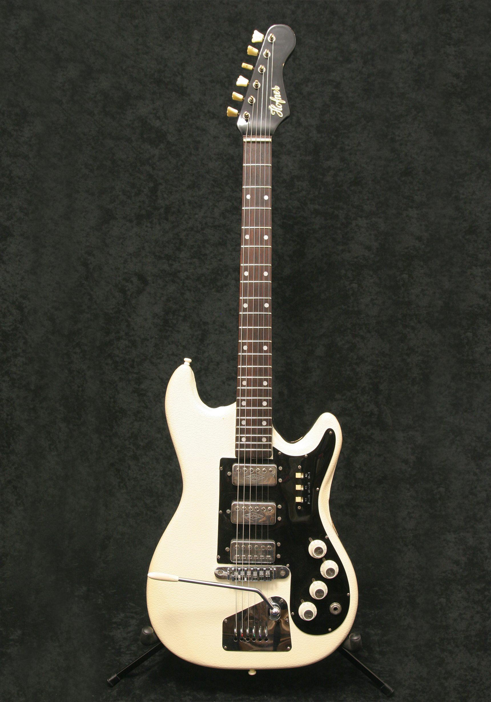 Hofner 173 White Vinyl body front