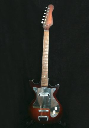 Teisco E-100 body front
