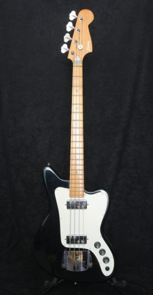 Framus Strato 4 Bass front